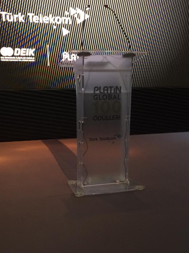 Platin Global 100 Ödülleri Sahne Baskıları